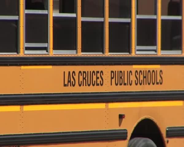 Las Cruces judge halts school bus drivers strike_20160401042503