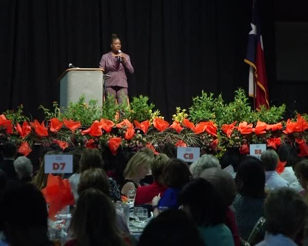Fulton speaks at YWCA-s 23rd annual luncheon_10695053-159532