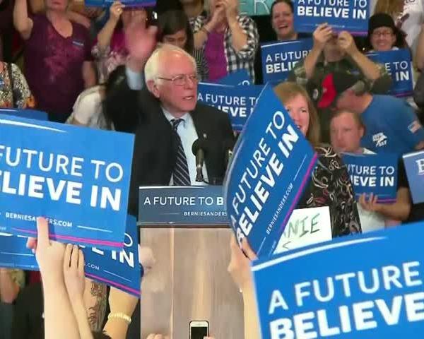 Fans prepare for Bernie Sanders visit to Vado_31770341-159532