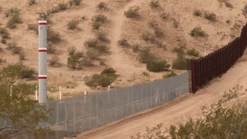 New Border Fence being constructed in Sunland Park_57556807-159532