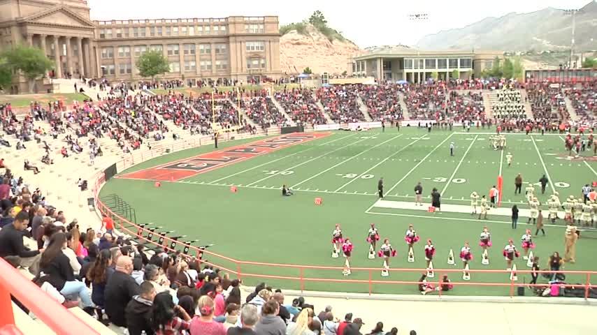 El Paso High School Football wins