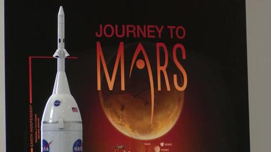 NASA Future Flight exhibit wows big game fans_95725151
