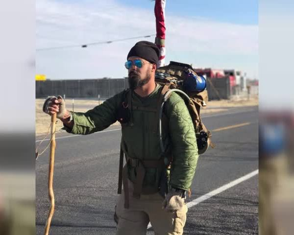 retired army veteran walks across the country_12567353