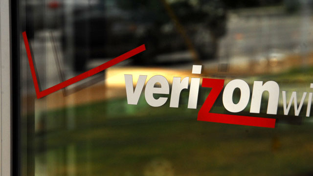 New cell sites near border prompt dropped calls, slower service for El Paso Verizon customers