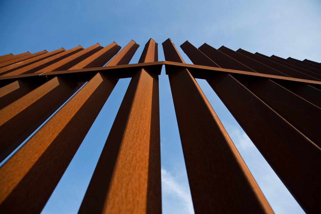TXT-BorderWall-Richmond036_1502559620232.JPG