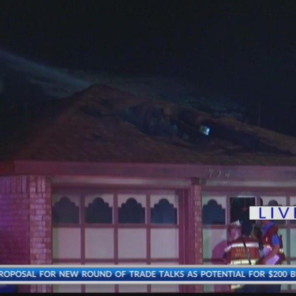 One dead in Villa Flores fire in West El Paso