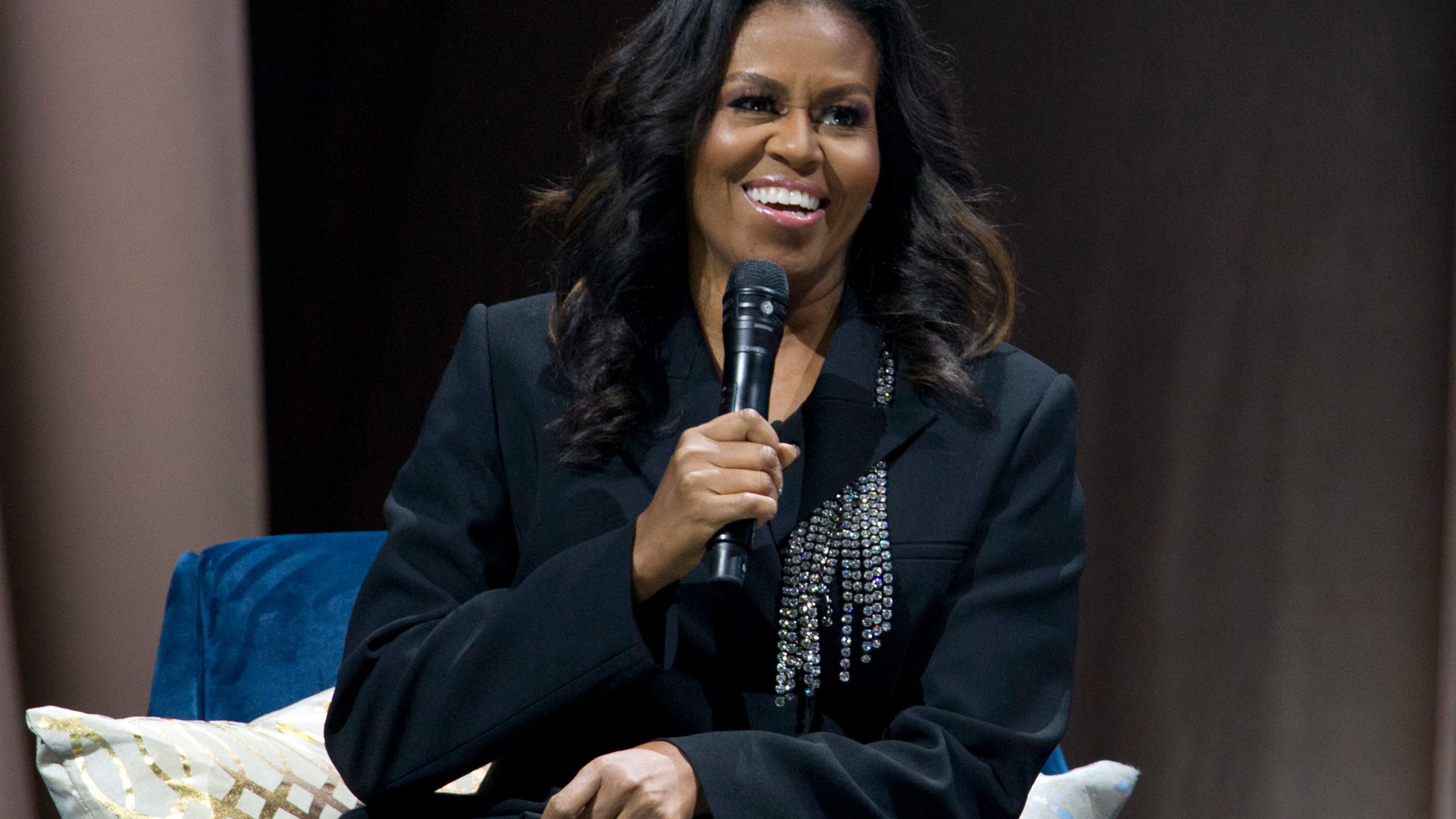 APTOPIX_Michelle_Obama_Book_Tour_55736-159532.jpg75829238