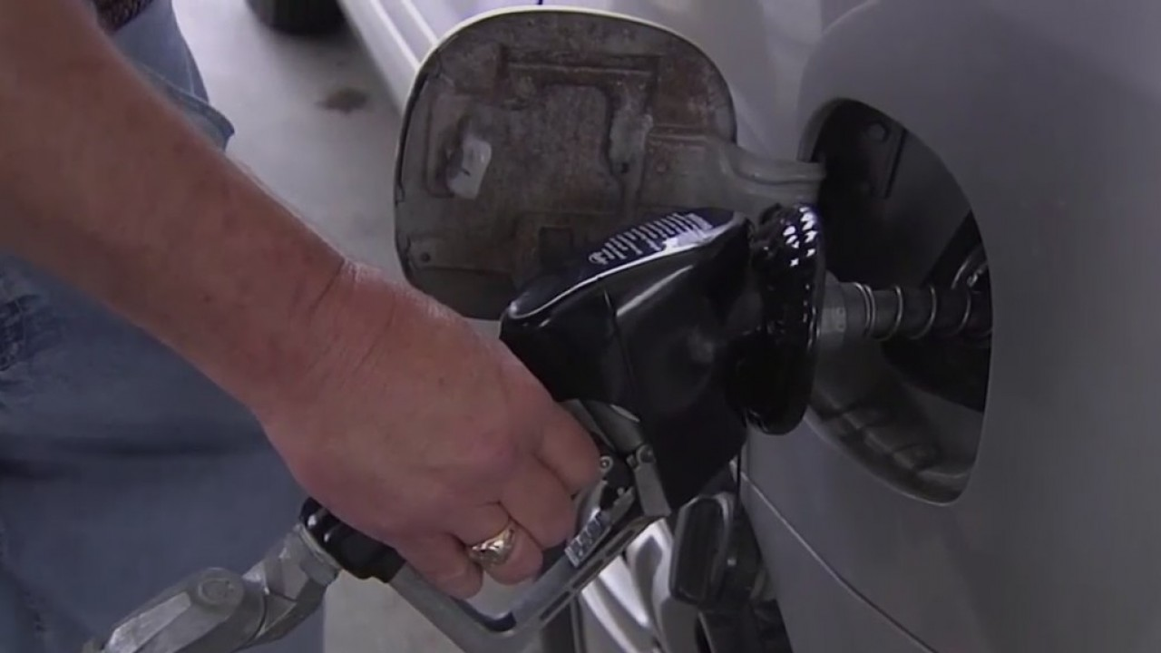 Borderland drivers looking out for gas price differences