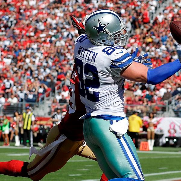 Cowboys_Witten_Retires_Football_50529-159532.jpg95812570