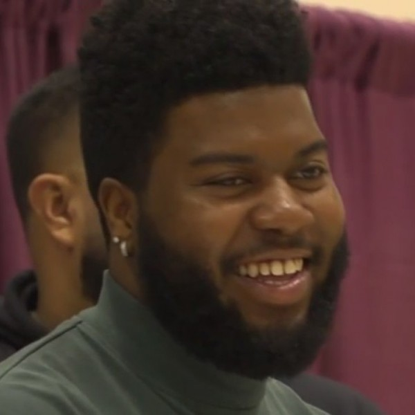 Khalid_surprises_Socorro_students_with_p_0_20181214051929