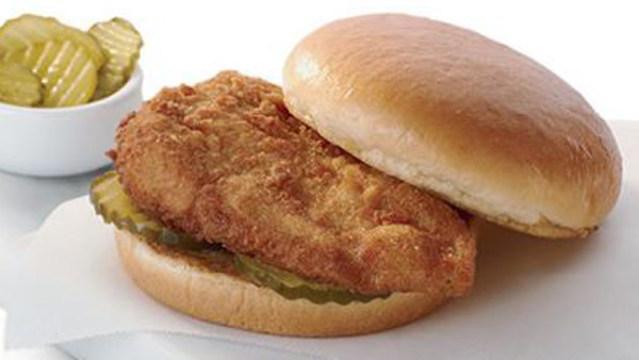 chick-fil-a-chicken-sandwic_37359787_ver1.0_640_360_1553311211788.jpg