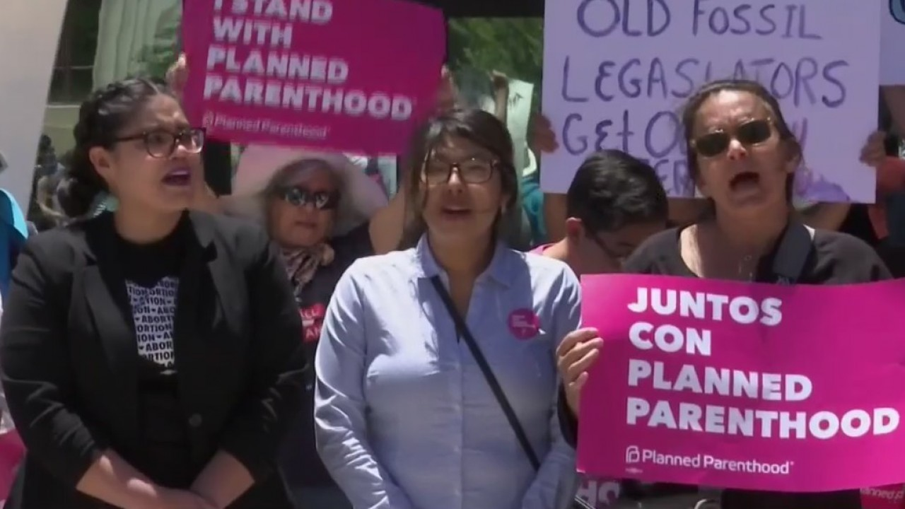 Abortion rights advocates hold Stop The Bans rallies nationwide