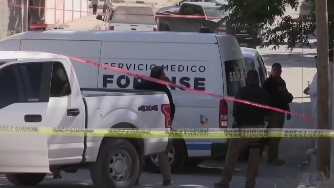 In Juarez: Graves discovered in homes, bar allegedly employs underage migrant