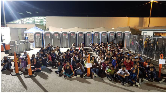 Migrants downtown_1556836204671.jpg_85719399_ver1.0_640_360_1558048093035.jpg.jpg