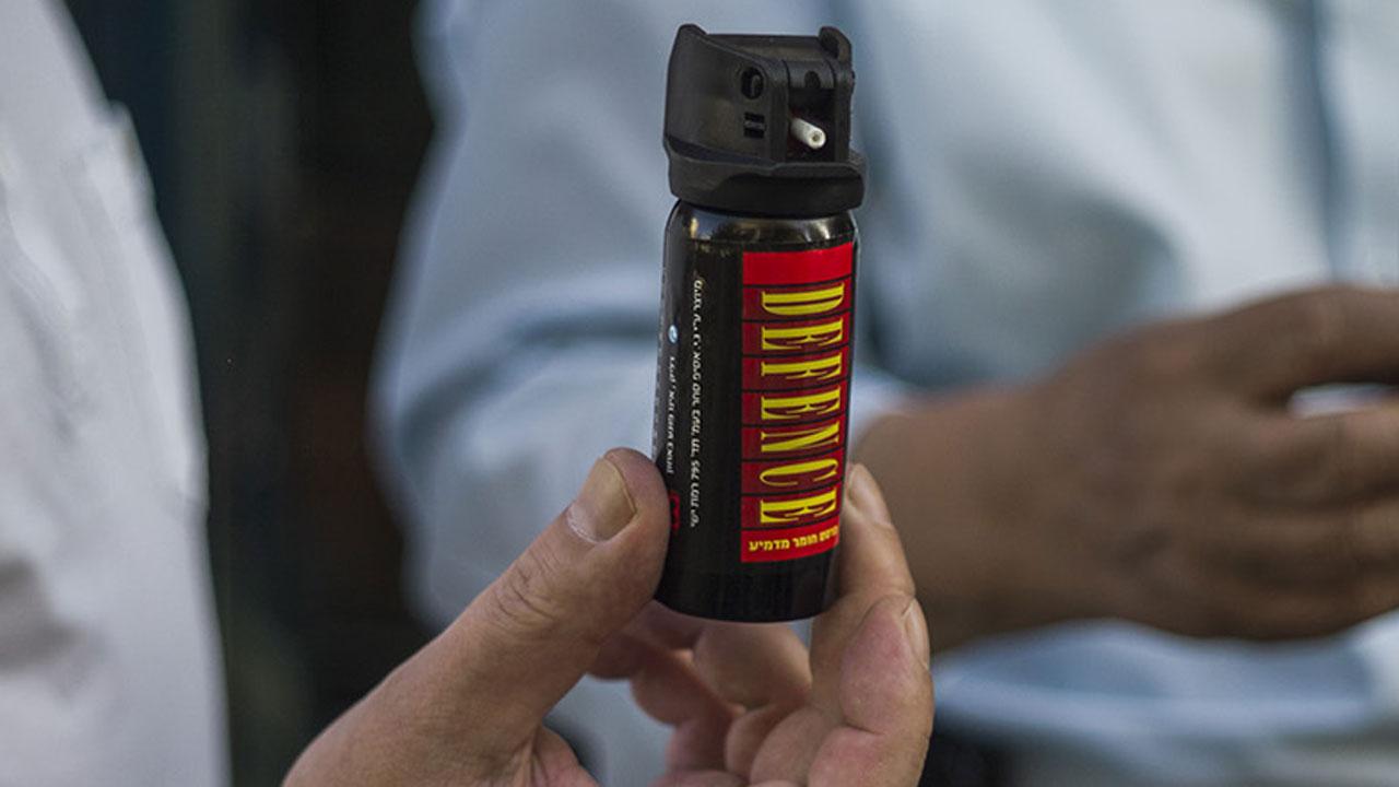 Pepper spray, generic-159532.jpg74877132