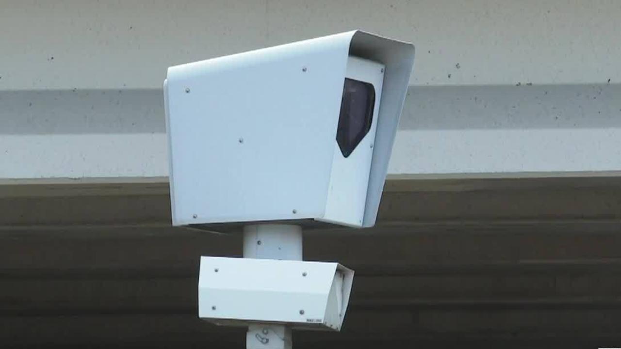 Bill_banning_red_light_cameras_in_Texas__3_88011883_ver1.0_1280_720_1559431941317_90308054_ver1.0_1280_720_1559496054650.jpg