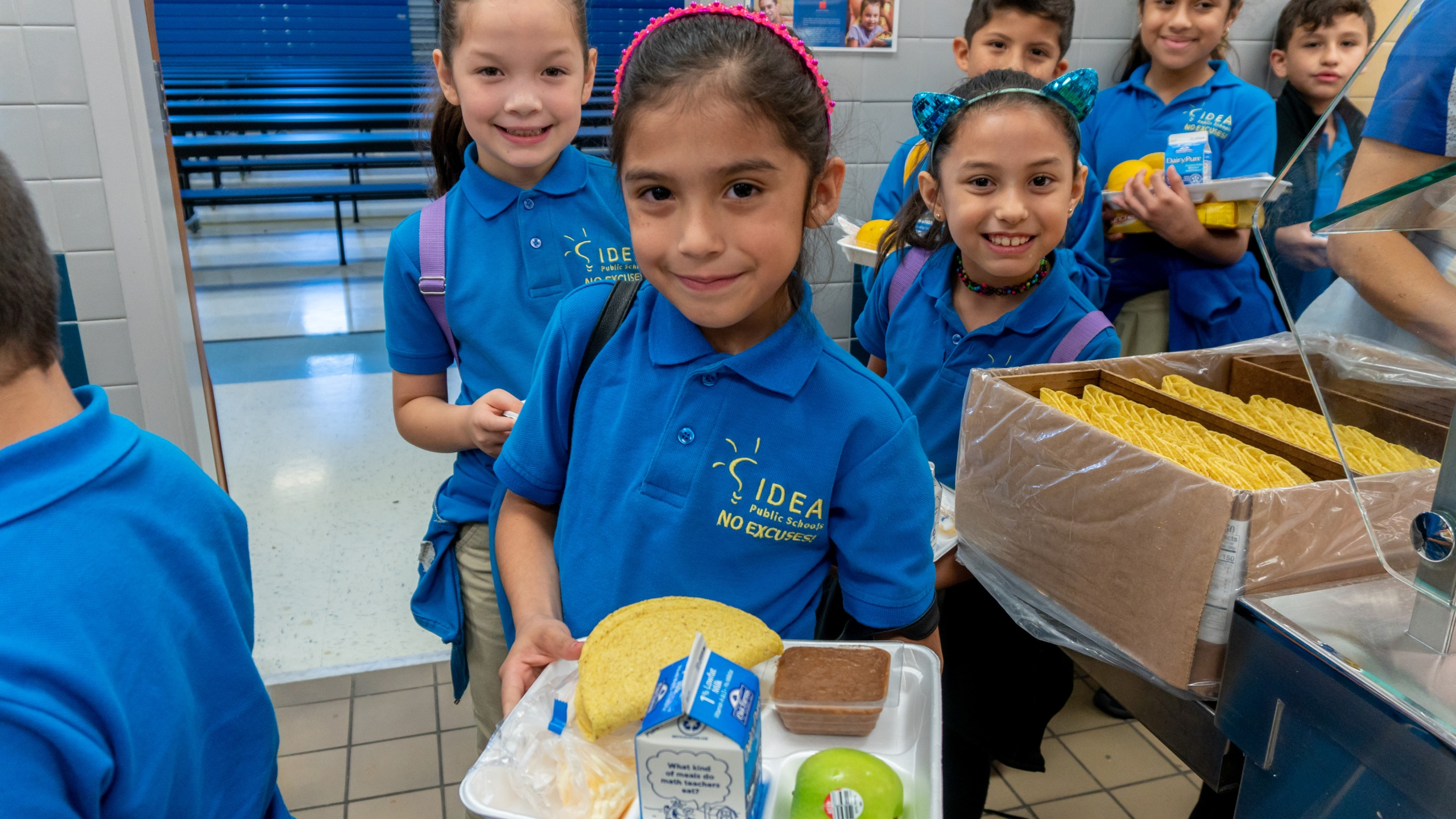 IDEA Schools offering free summer breakfast and lunch to all children