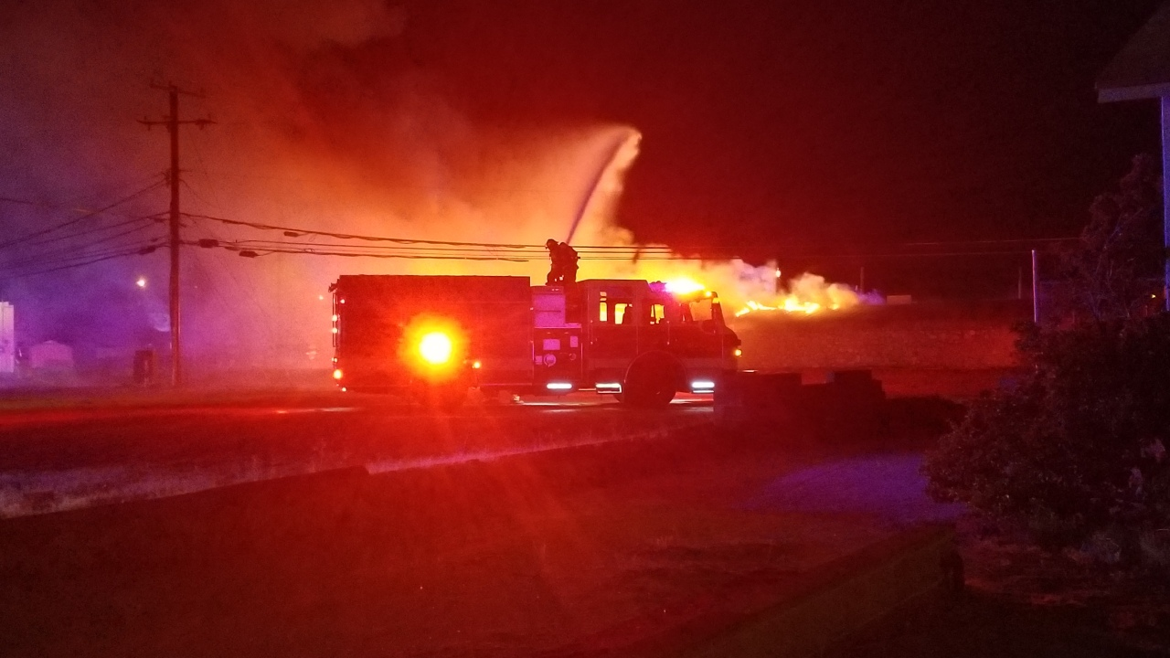 Fire Engulfs Bronco Swap Meet Ktsm 9 News
