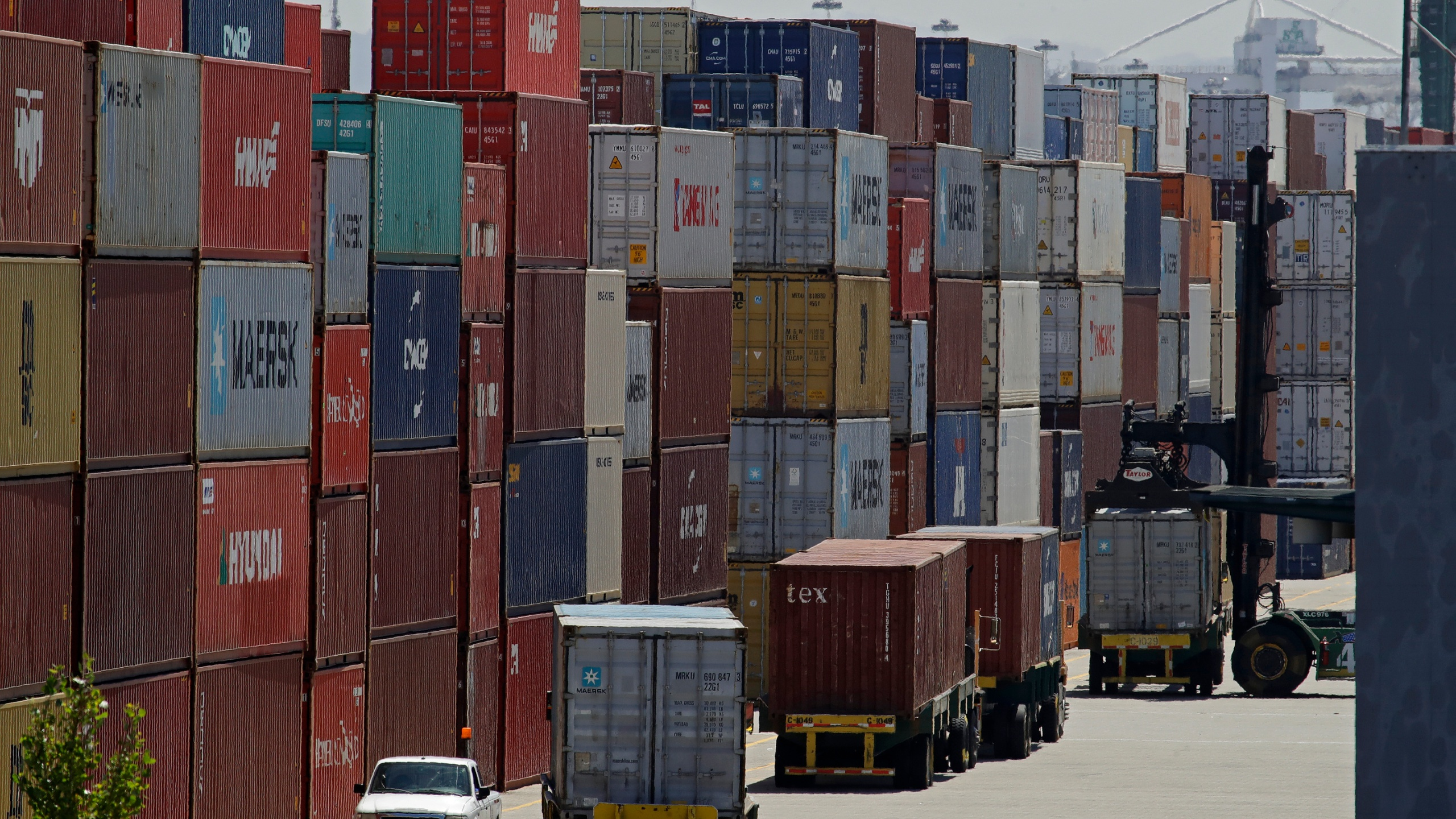 Container Shipping, Container Trucking, economy, tariffs, tariff, shipping