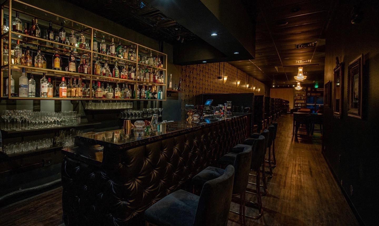 1922 bar restaurant