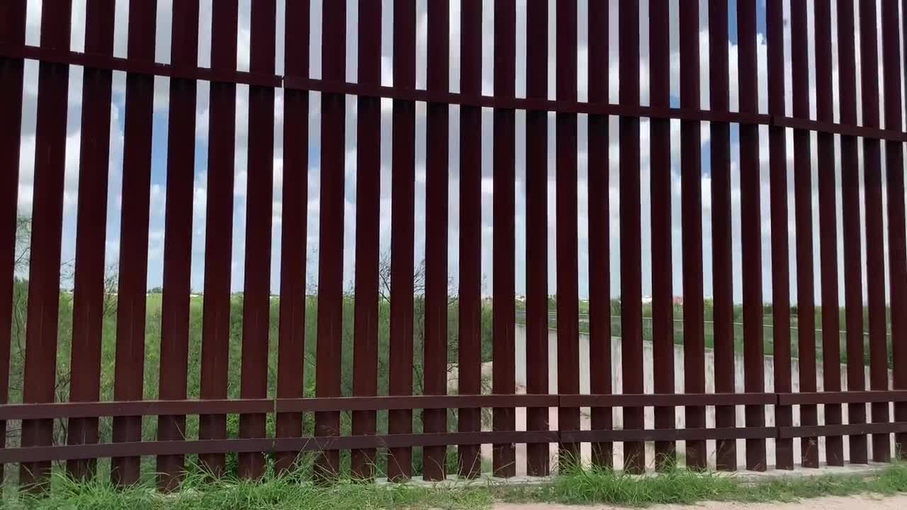 Laredo mayor votes down anti-border wall resolution, fears it would jeopardize relationship with DHS